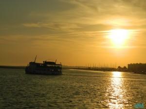 Traghetto per le isole del Parco Ria Formosa