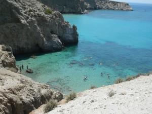 Milos-Spiaggia di Tsigrado