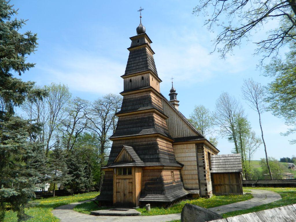 Le chiese in legno della polonia meridionale viaggi nel for Case in legno in polonia