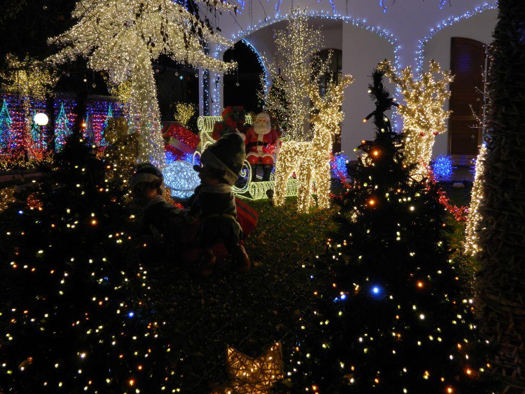 Immagini Natale 1024x768.La Casa Di Babbo Natale Di Melegnano Viaggi Nel Tempo