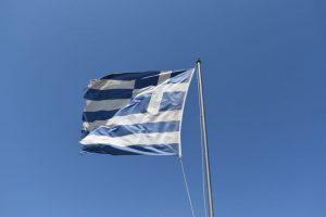 vacanze a milos: organizzarsi al meglio anche con il vento