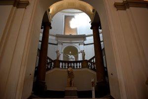 interni del museo archeologico di napoli