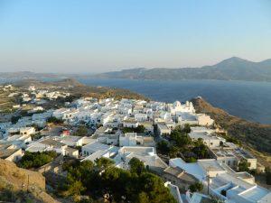 Plaka a Milos dall'alto
