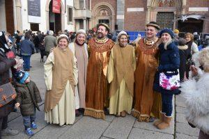 figuranti del corteo dei magi a milano
