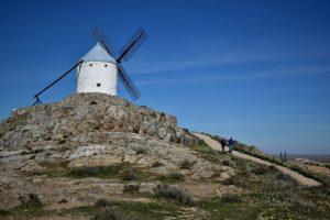 i mulini a vento di don chisciotte nella Mancia