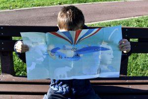 la copertina poster del libro il disegnatore di nuvole