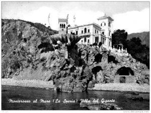 immagine storica della statua del gigante