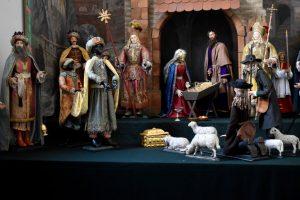il presepe di hall nella chiesa dei Gesuiti