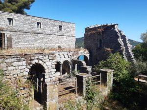 resti archeologici al tino