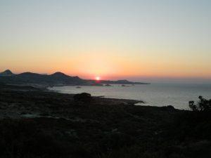 tramonti a milos dalla costa nord